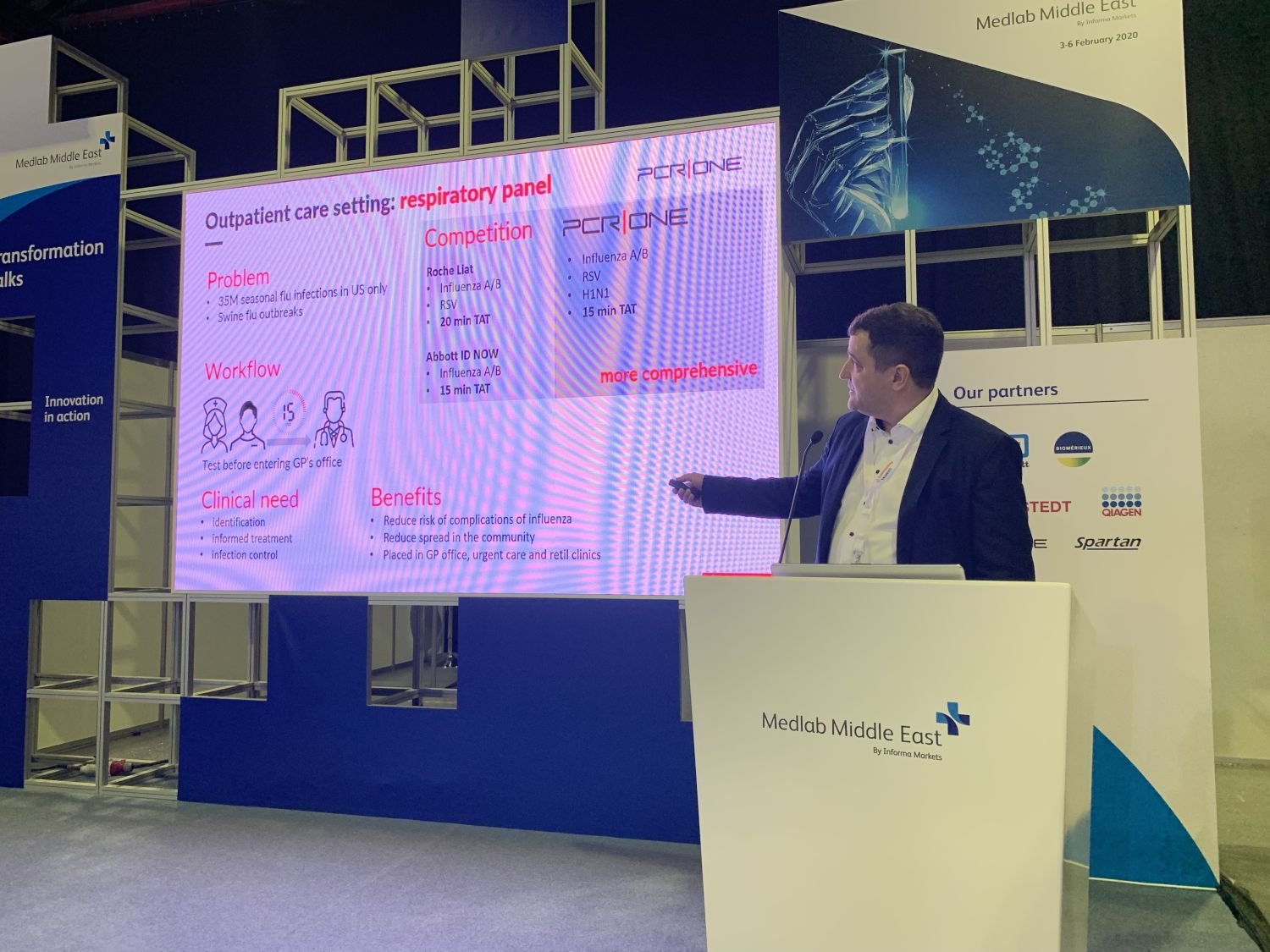 Presentation of the PCR|ONE system at the MedLab Middle East conference in Dubai